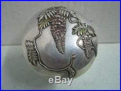 Antique chinese silver and enamel pill Box with flowers