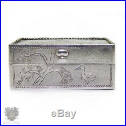 Chinese export silver mother of pearl hand painted portrait vintage pill box